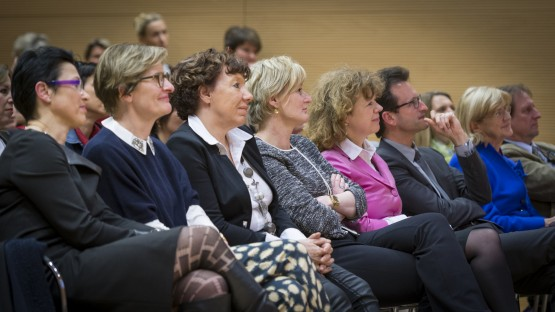 Vernissage-EXPO-Femmes-Pionnieres-Entrepreneuriat-Luxembourg-26-03-2015-SD-131