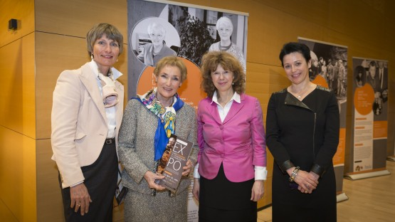 Vernissage-EXPO-Femmes-Pionnieres-Entrepreneuriat-Luxembourg-26-03-2015-SD-178